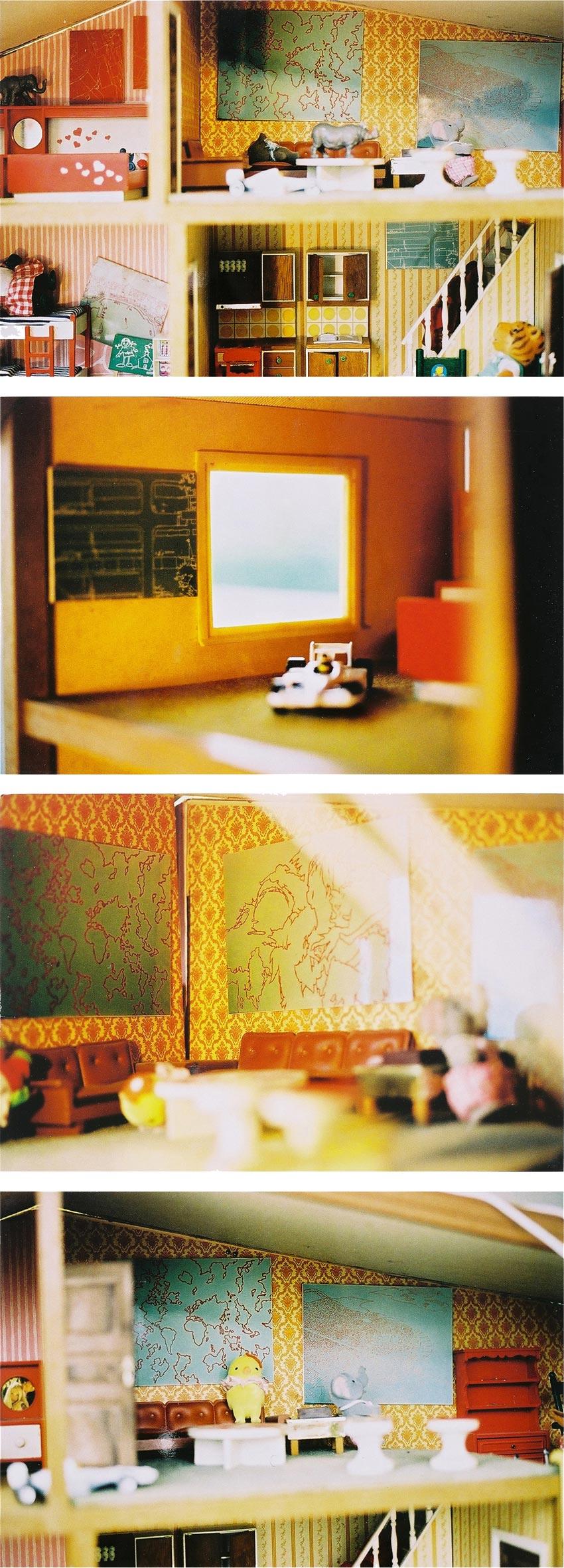 Tobias Gossow - Ausstellung - Einzelausstellung in einem Puppenhaus